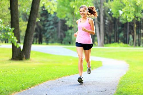 Rèn luyện thể dục duy trì sức khỏe trong mùa đông