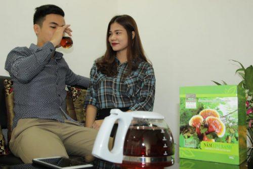 Rượu nấm lim xanh giúp tăng cường sinh lực ở nam giới.