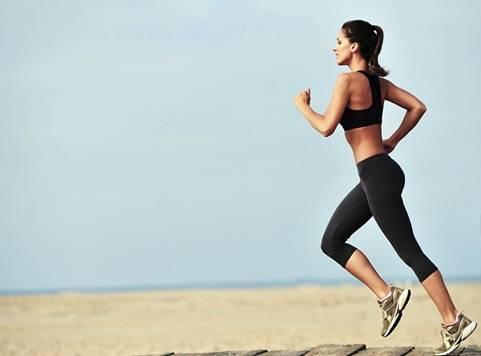 Thường xuyên chạy bộ giúp tiêu mỡ đùi