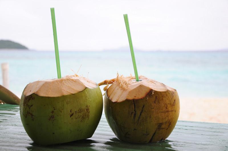 Nước dừa là một trong những loại đồ uống mùa hè được yêu thích
