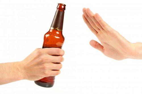Kiêng rượu bia khi sử dụng xạ đen